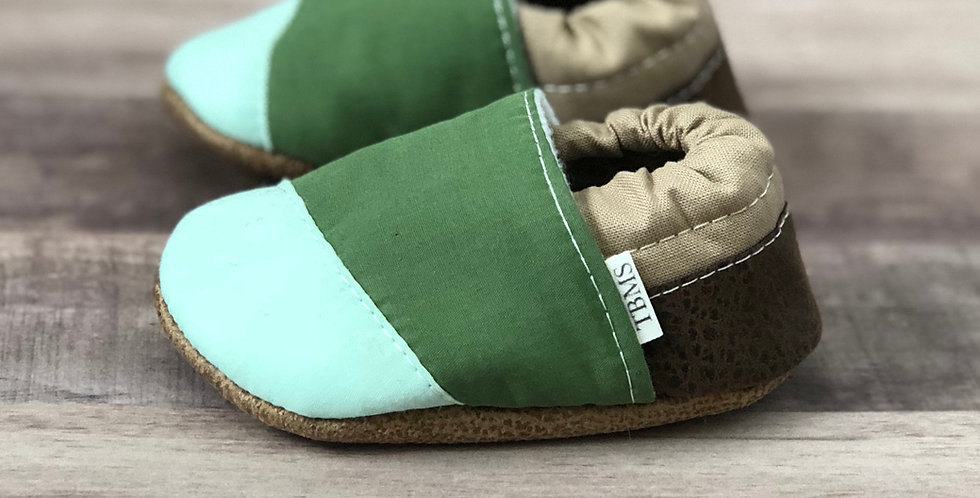 Hunter, Mint, and Tan Angled Moccasins