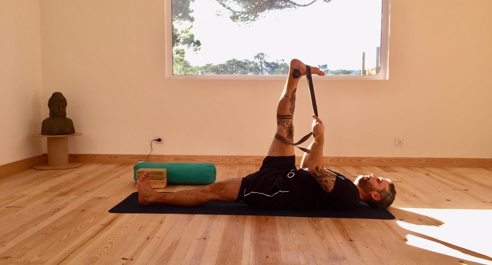 Yoga class Awake Retreat Aldeia da Praia
