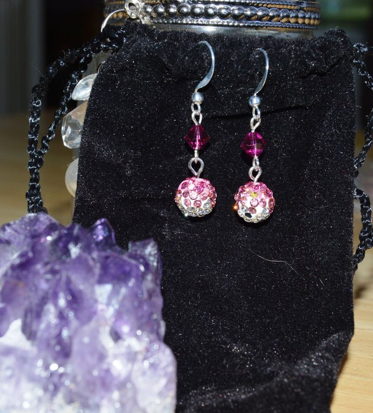pink ombre sparkles - silver tone hook