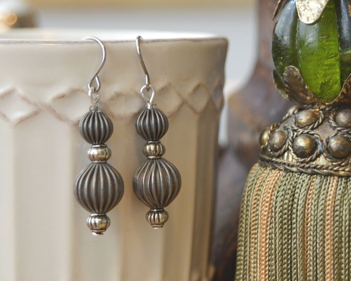 Dirigible Dangles - silver tone hooks