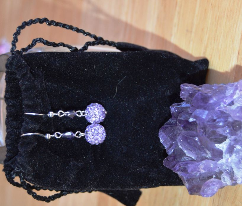 amethyst sparkles - silver tone hooks