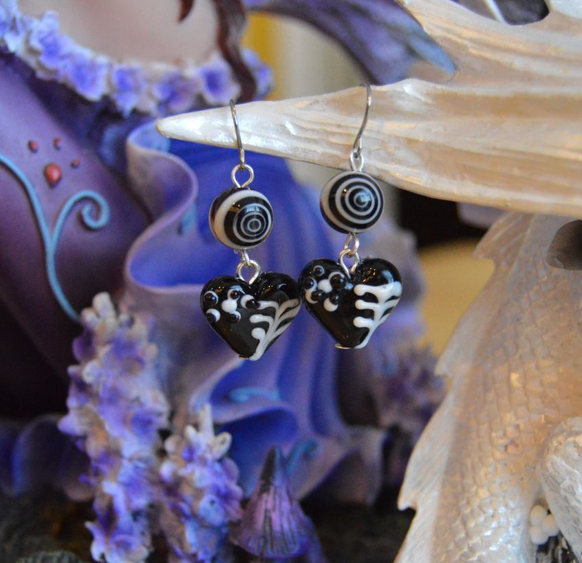Crazy love - glass beads - silver tone hooks