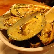mussels, steak, pizzas, chicken, family restaurant, upper hutt