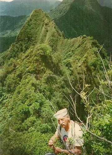 Chuck Godek on way to True Manamana in 1990, HTMC Archives
