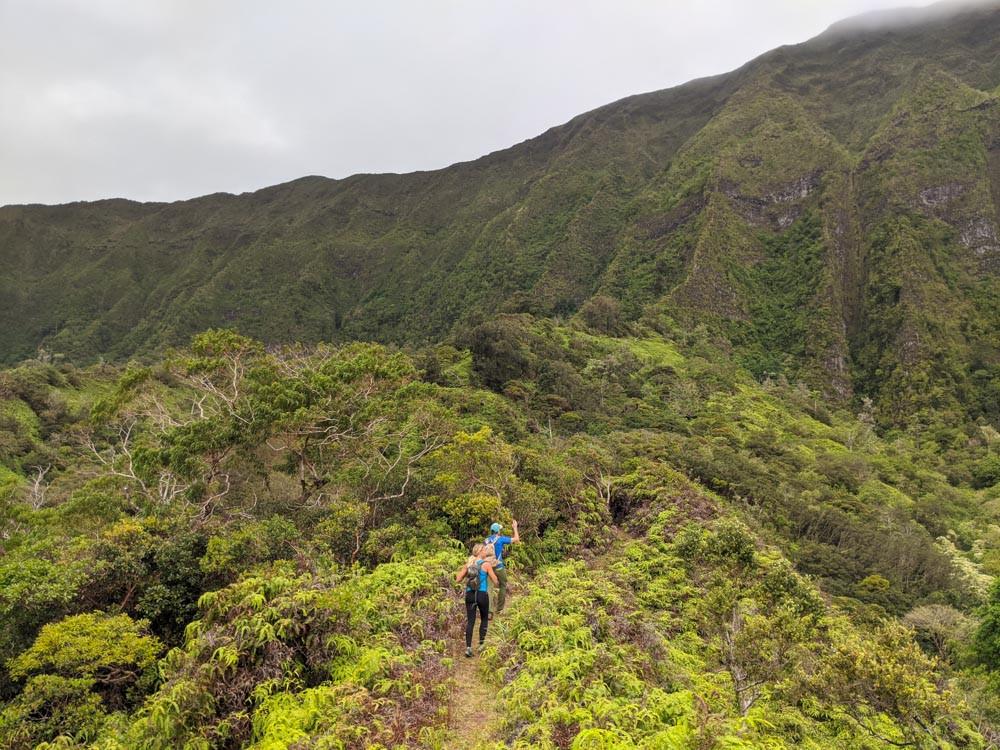 Maunwaili Connector Trail