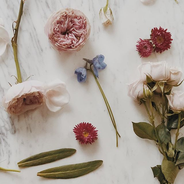 DIY Wedding Flowers: Weighing the Pros and Cons.