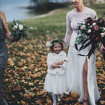 Autumn Black Barn Vineyard Burgundy Wedding