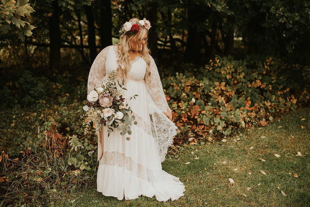 boho bride, flower crown, protea bouquet