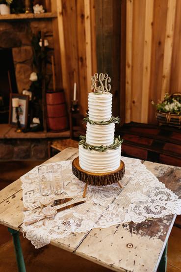 Three Tier Wedding Cake Flowers