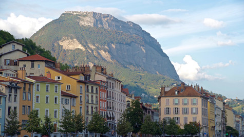 20170927_23_Grenoble_France_Buildings_Mo