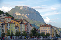 20170927_23_Grenoble_France_Buildings_Mo