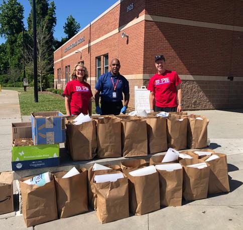 Grocery bag distribution