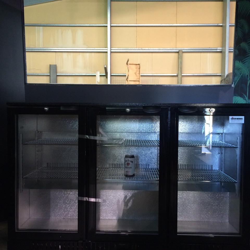 The Speakeasy Hotel - bar fridge moves i