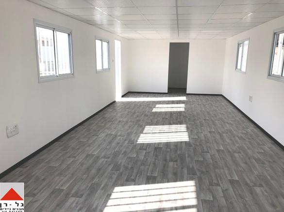 חדר ישיבות עם מטבחון ושירותים בגודל 12 ע