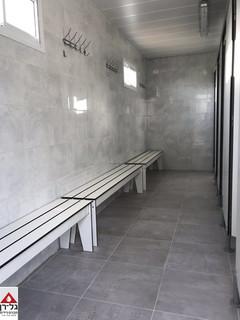 מבנה מקלחות מפואר