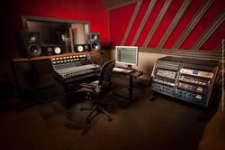 Studio H LoRes-5887