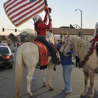 CHRISTMAS PARADE IN USA HORSETOWN