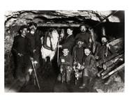 Stollen in einem Kohlenbergwerk des Ruhrgebietes, Deutschland, ca. 1880. Foto: Austrian Archives / Imagno / picturedesk.com