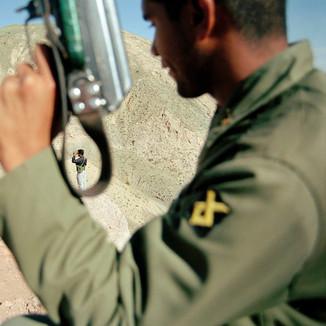 IRAN - Soldier controlling drug traffic