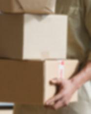 Livraison-mains-Holding-boîtes