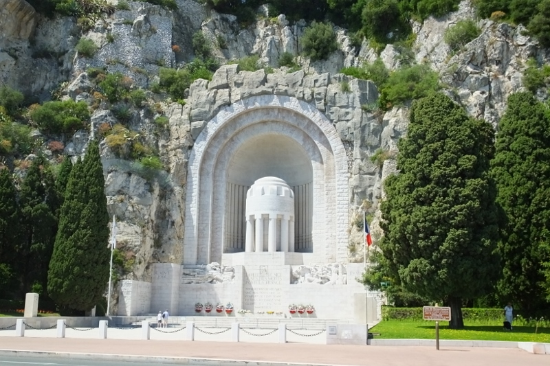 4. War Memorial