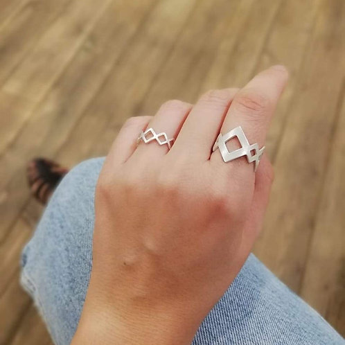 Beehives Ring