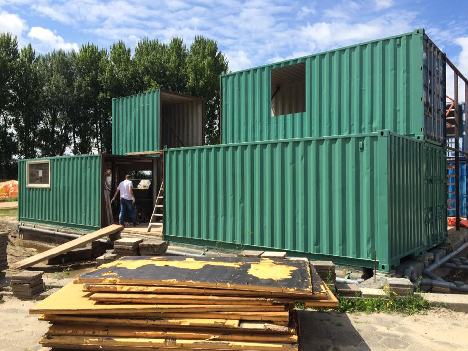 Containers | Hotel Buiten