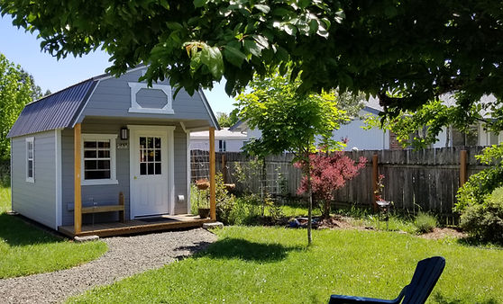 cabin garden (2).jpg