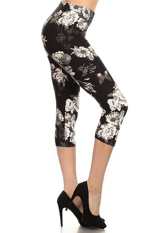 Lean Stunning In Black & White CAPRI