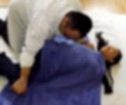 Kiu Caracani | Le Shiatsu est basé sur le système holistique de la médecine traditionnelle japonaise. Le Shiatsu calme l'hyperactivité du système nerveux, améliore la circulation, soulage les raideurs musculaires et soulage le stress.