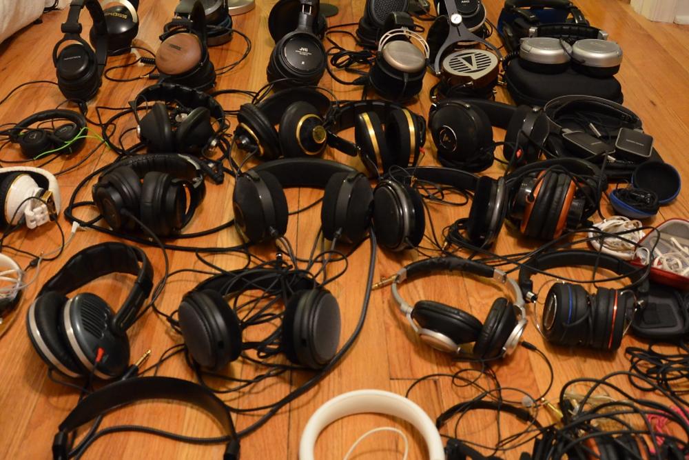 Một loạt các tai nghe đã được thử nghiệm thành công, có giá dao động từ $ 2,99 đến $ 15.000. Ảnh: Xiaoran