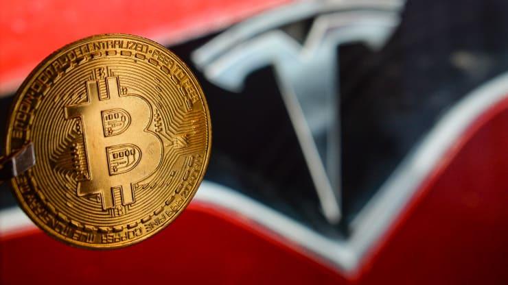 Tesla, do Elon Musk dẫn đầu, xác nhận rằng họ đã mua khoảng 1,5 tỷ USD bitcoin vào tháng 1 và dự kiến sẽ bắt đầu chấp nhận nó như một khoản thanh toán trong tương lai.Ảnh: Artur Widak | NurPhoto | Getty Images