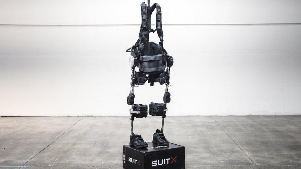 Bộ khung ngoài mang đến cho người đeo nhiều sức mạnh và sức bền hơn