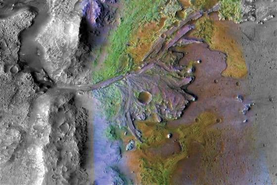 Miệng núi lửa Jezero trên sao Hỏa.