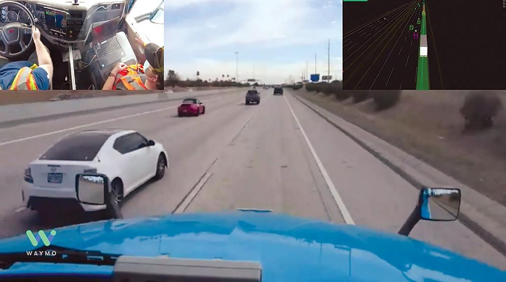 Một chiếc xe tải tự lái Waymo tự động điều hướng giao thông đường cao tốc gần Phoenix trong chuyến đi ảo ngày 24 tháng 3. (Ảnh: Waymo)