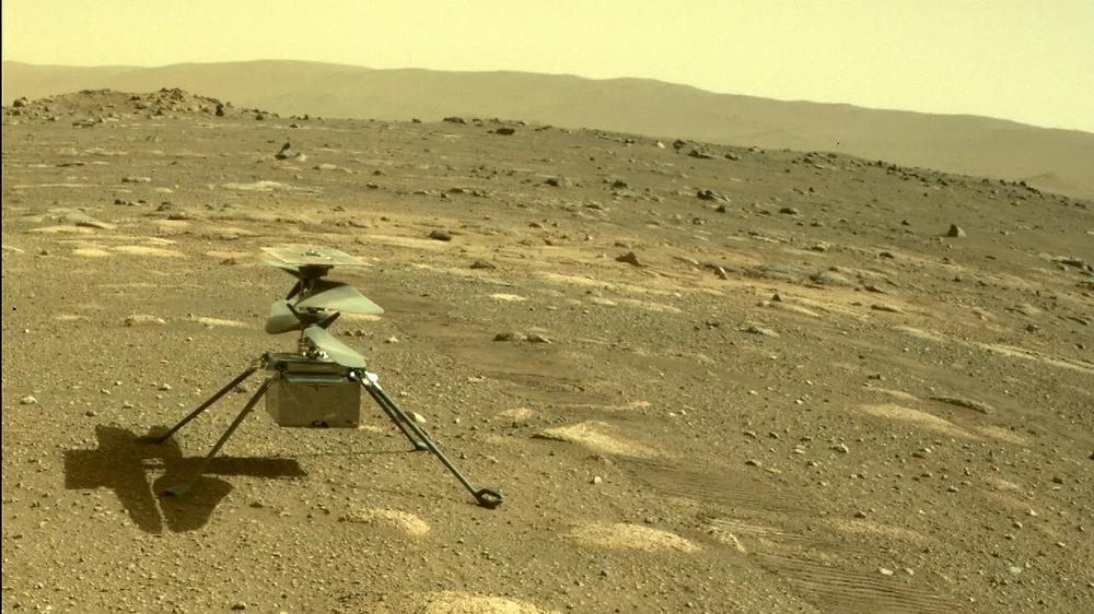 Chiếc trực thăng Ingenuity đã một mình vượt qua đêm sao Hỏa lạnh giá đầu tiên. Ảnh: ASA / JPL-Caltech