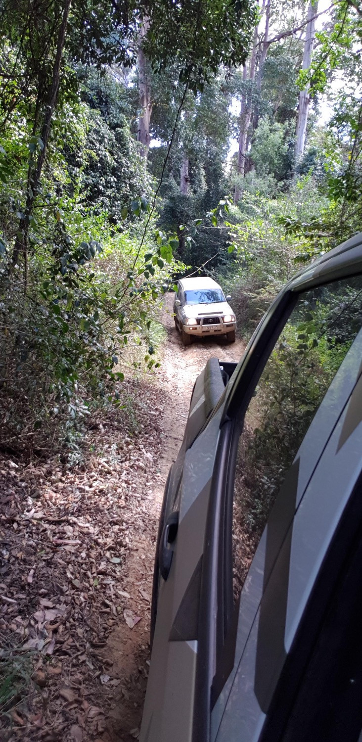 4WD Offloading in the Sunshine Coast back country.