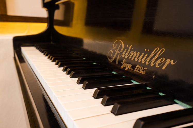 Tonfall Grand Piano.jpg