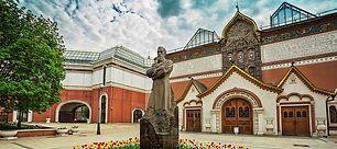 Tretyakov privat excursion.jpg