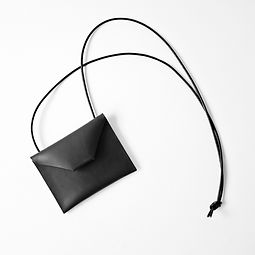 Neck-Wallet-BLACK-02.jpg