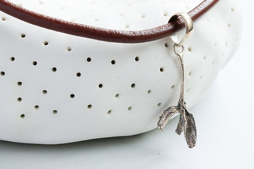 Jacksonia Necklace