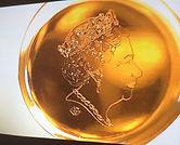 12. Queen in needle 2.jpg