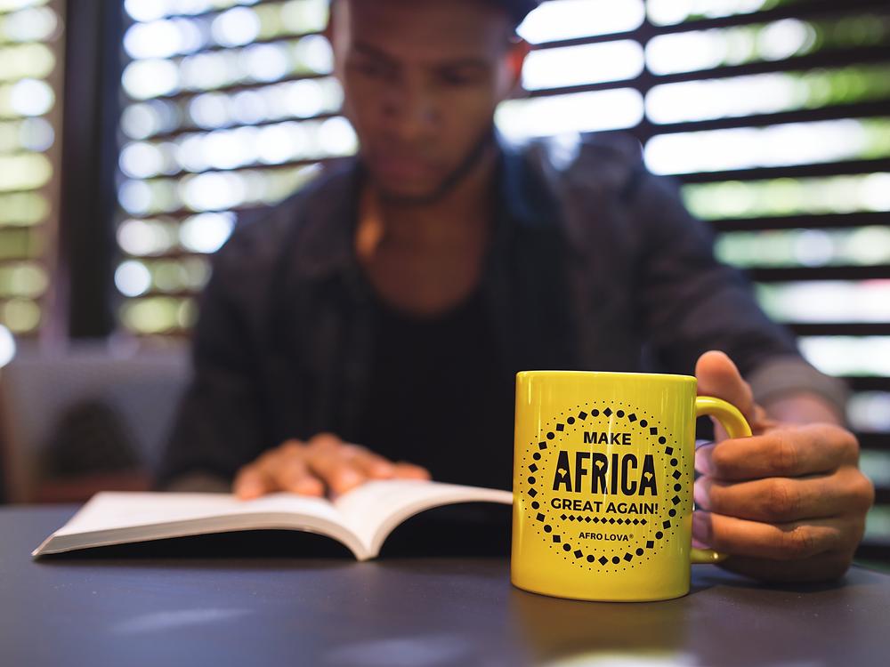 mug tasse afro lova make africa great again jaune