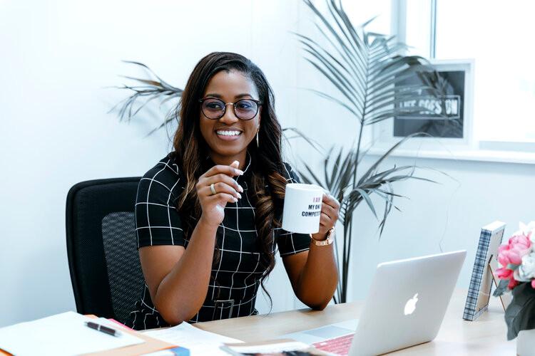 Ornella Tchuente femme entrepreneure africaine camerounaise présidente association