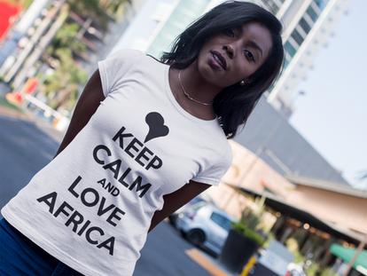 Tshirt blanc Keep Calm and Love Africa.p