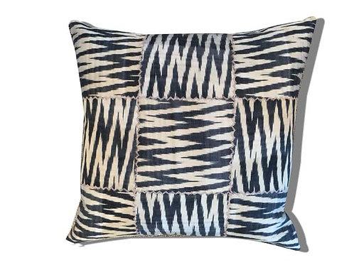 Cushion Ikat 50x50cm