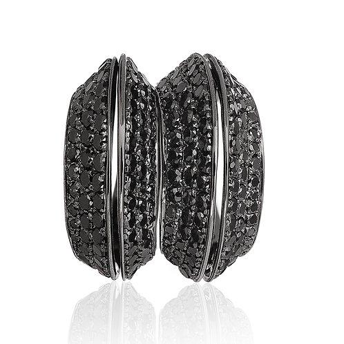 Ring in Black Diamonds