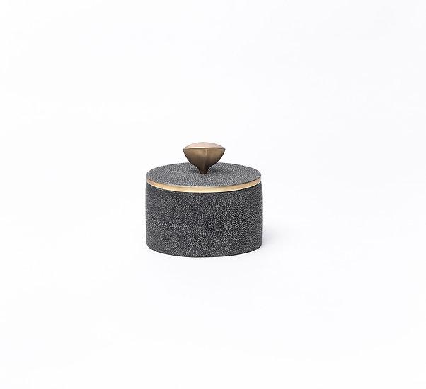 Box in shagreen black