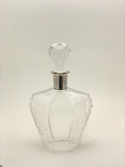 Decanter engraved glass