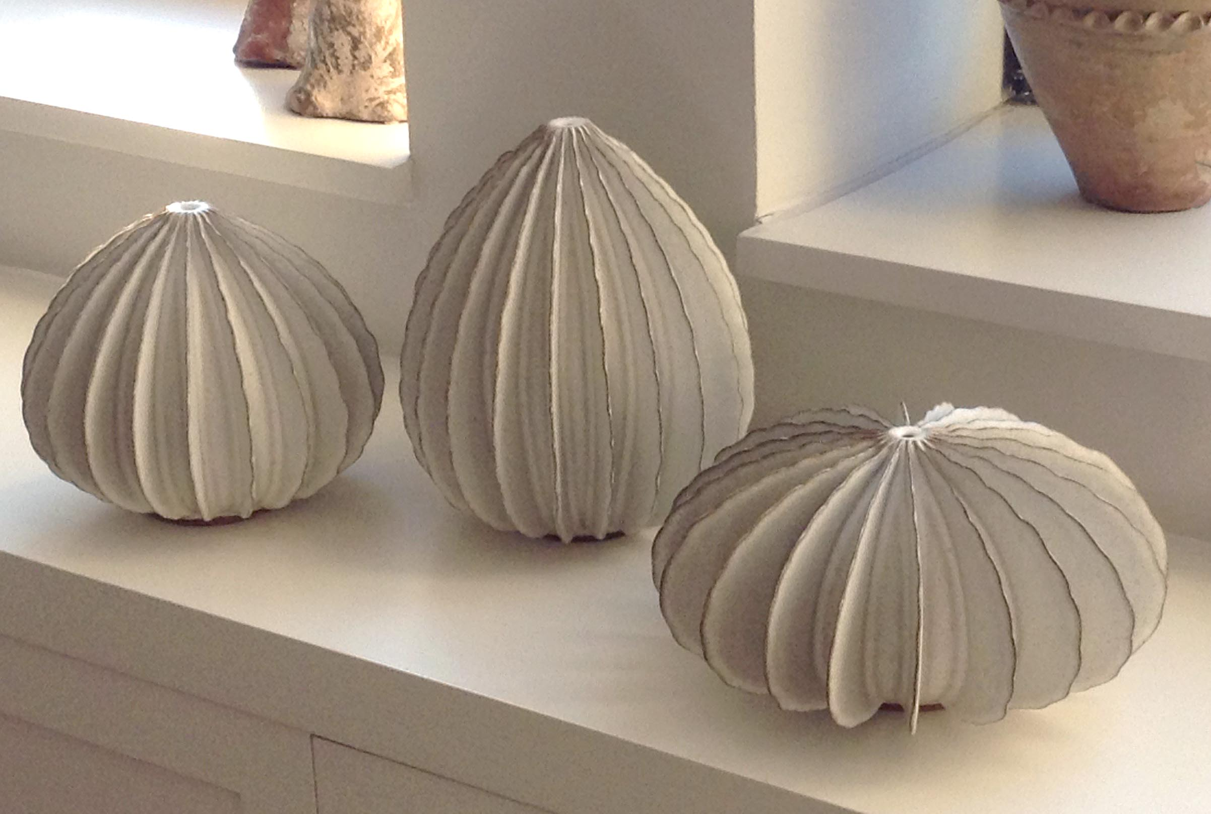White Pods (0689)
